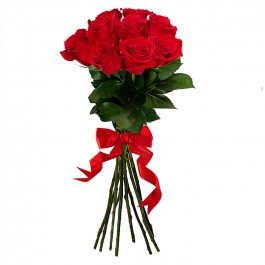 Raudonų rožių puokštė