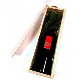 Vynas Kalėdomis kvepiančioje dėžutėje