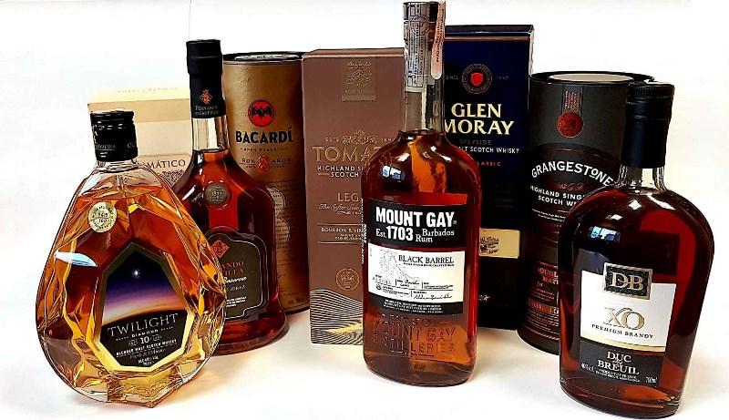 Alkoholiniai gėrimai dovanoms
